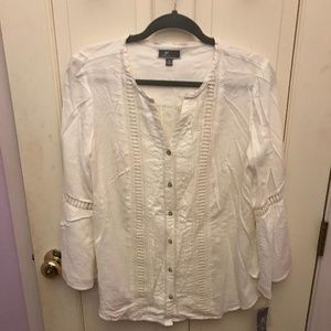 JM collection white blouse. Sz M. NWT
